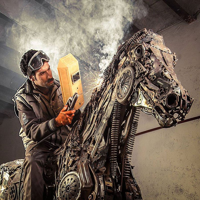 steampunk-pegasus-made-from-scrap-metal-by-hasan-novrozi-3