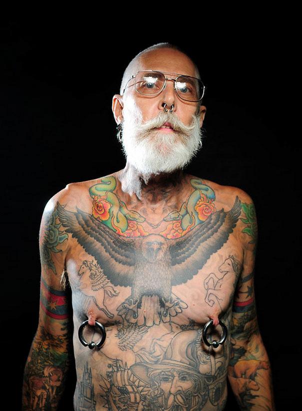tattooed-seniors-elderly-15