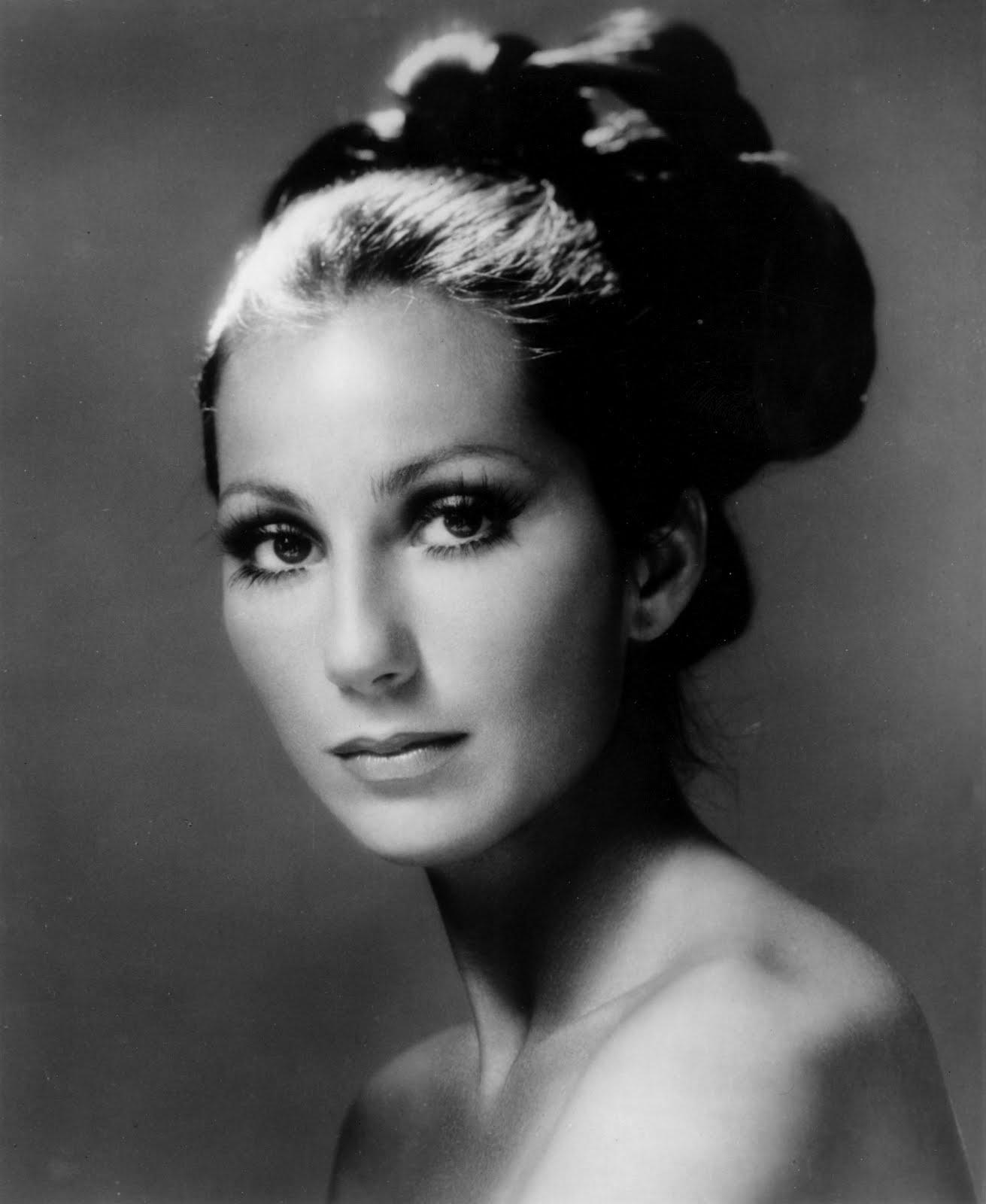 Cher-in-1975