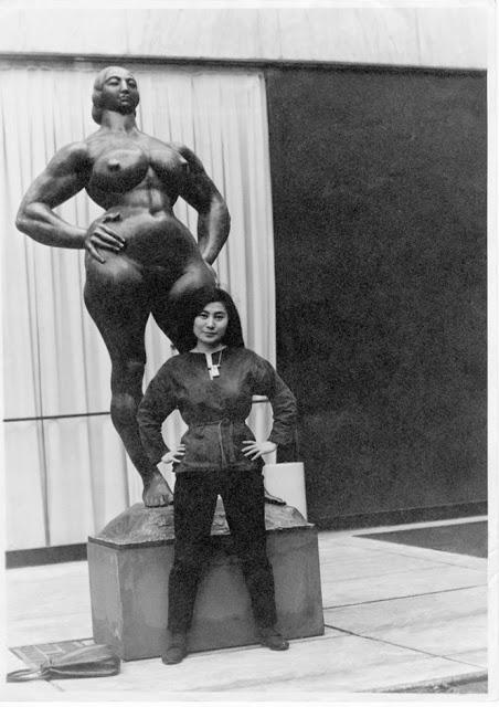 Yoko+Ono,+1960s+(7)