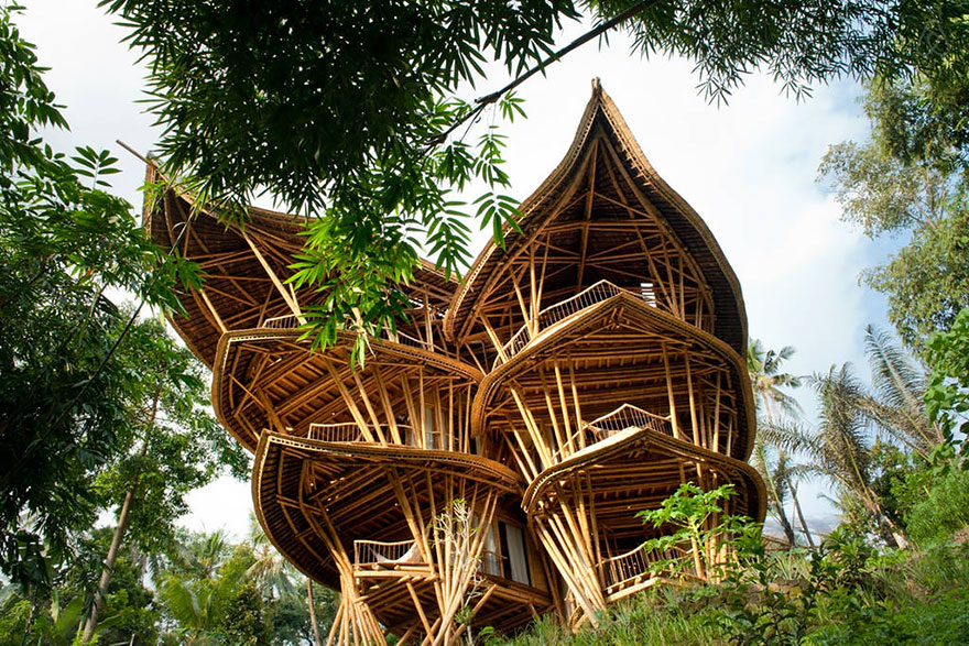bamboo-house-ted-talk-sharma-springs-elora-hardy-ibuku-bali-
