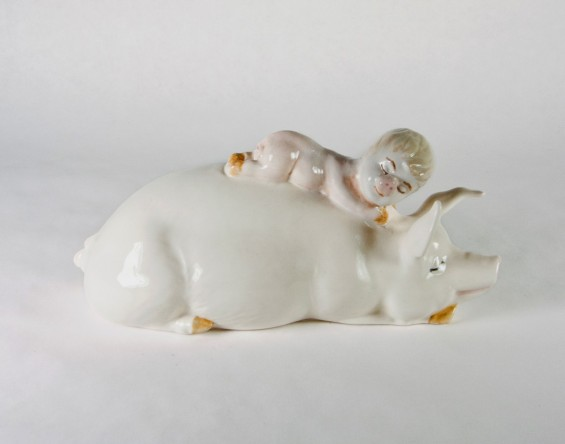next-of-kin-pig-child-2013-1170x921-565x444