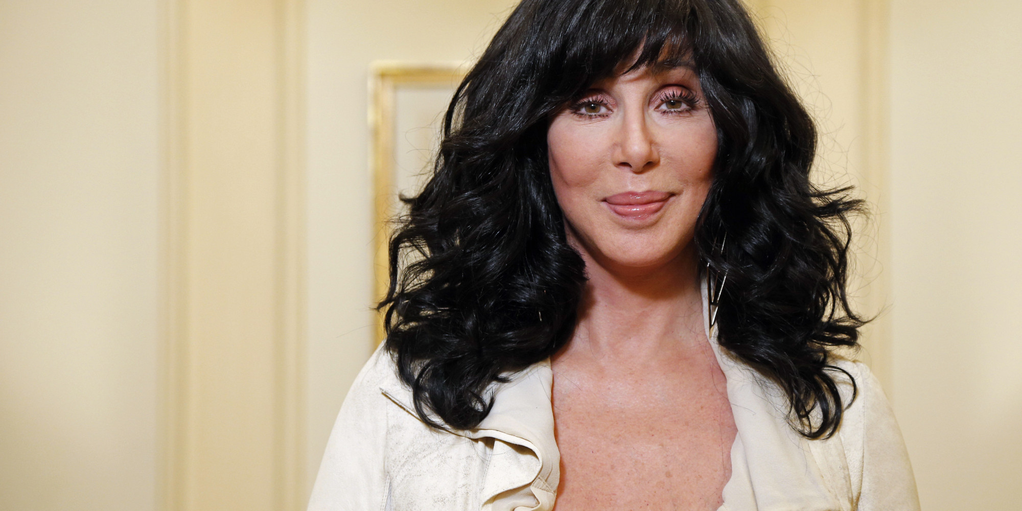 US singer and actress Cher poses on October 10, 2013 in Paris.    AFP PHOTO FRANCOIS GUILLOT        (Photo credit should read FRANCOIS GUILLOT/AFP/Getty Images)