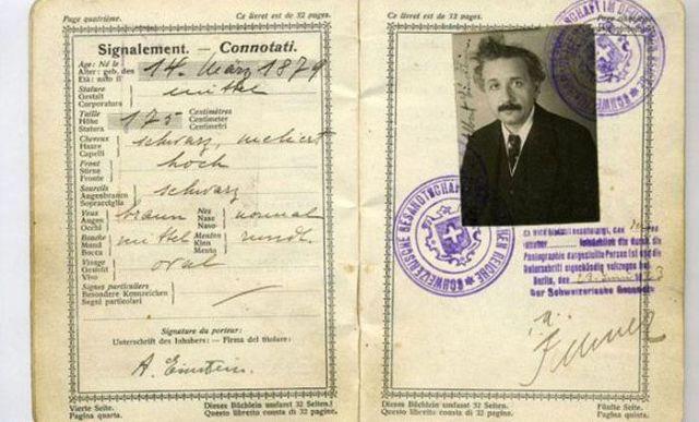 PassportPhotosofIconicFiguresinThePast1