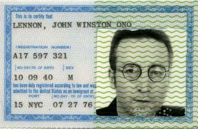 PassportPhotosofIconicFiguresinThePast14