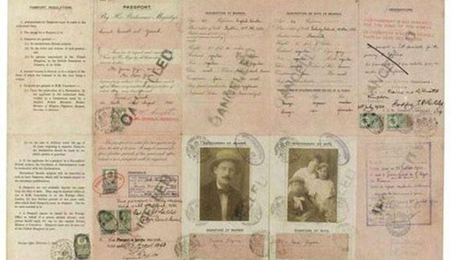 PassportPhotosofIconicFiguresinThePast16
