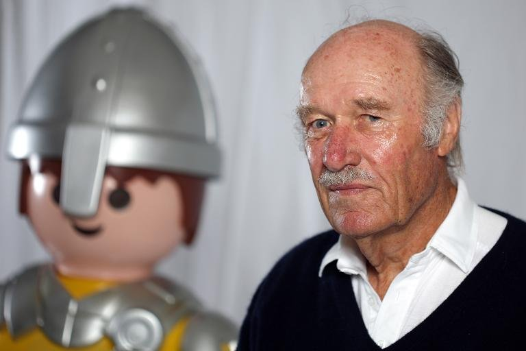 afp-father-of-playmobil-dies-aged-8