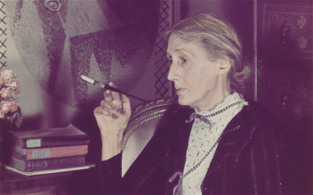 A detail from Woolf's final session with a professional photographer, Gisèle Freund (Gisèle Freund/IMEC/Fonds MCC)
