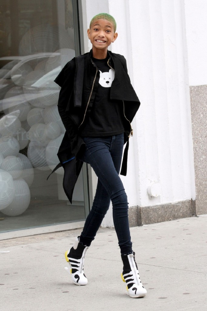 "74825, NEW YORK, NEW YORK - Thursday March 15, 2012. Willow Smith shows off her new closely shaved neon green hair and a pair of ultra skinny jeans as she goes shopping in New York City. The 11 year old daughter of Will Smith and Jada Pinkett Smith also sings the ironically titled hit song  ""Whip My Hair"". Photograph: © Felipe Ramales, PacificCoastNews.com **FEE MUST BE AGREED PRIOR TO USAGE** **E-TABLET/IPAD & MOBILE PHONE APP PUBLISHING REQUIRES ADDITIONAL FEES**ÊLOS ANGELES OFFICE:1 310 822 0419ÊÊLONDON OFFICE:+44 208 090 4079"