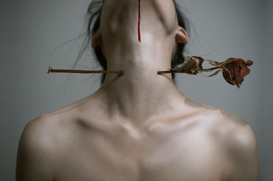 disturbing-woman-photography-yung-cheng-lin-3cm-13