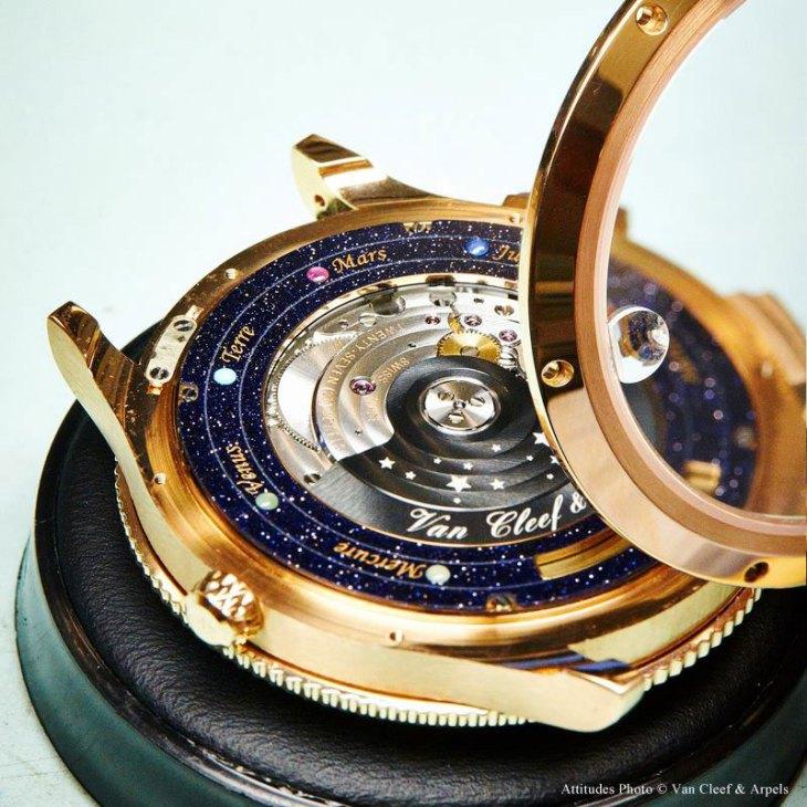 midnight-planetarium-watch-07