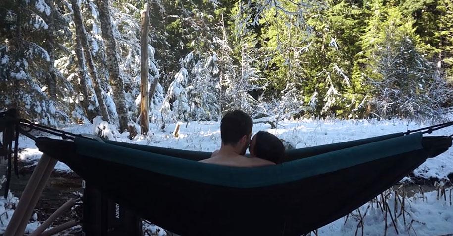 nature-outdoor-hot-tub-hydro-hammock-benjamin-frederick-6