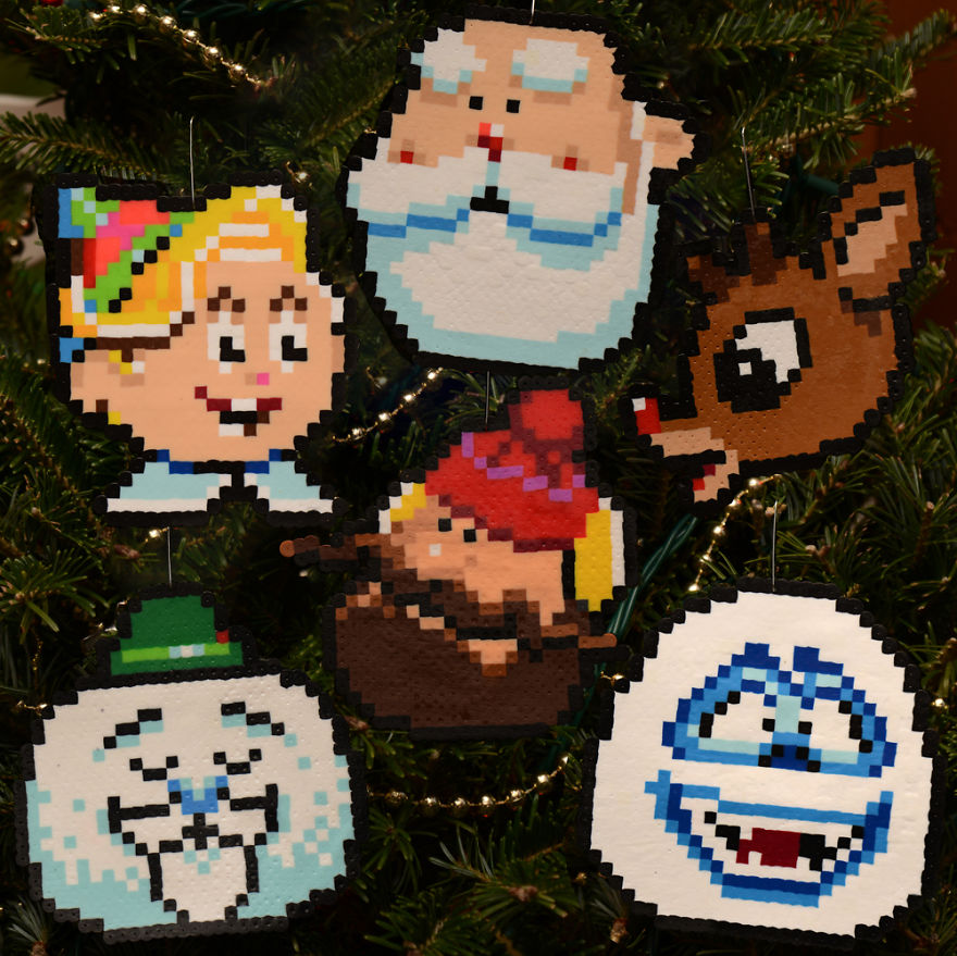 Guys Creates Badass Pixelated Ornaments For A Very Geeky