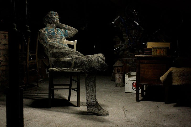 figurative-wire-mesh-sculptures-by-edoardo-tresoldi-5
