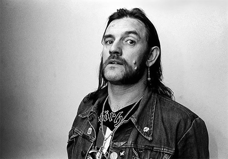 Lemmy Kilmister, Motörhead Frontman Dies at 70 - Art-Sheep
