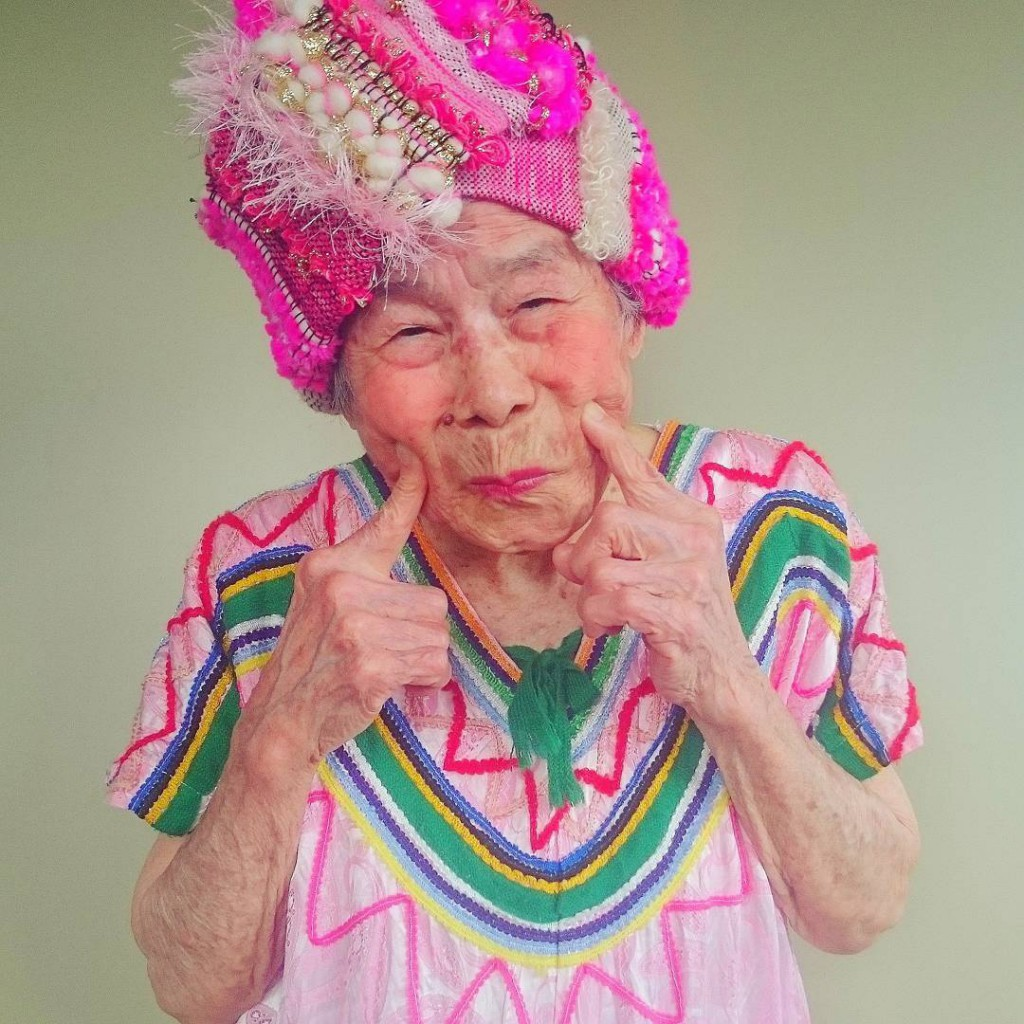 93-year-old-grandma-model-instagram-saori-1000weave-chin_006