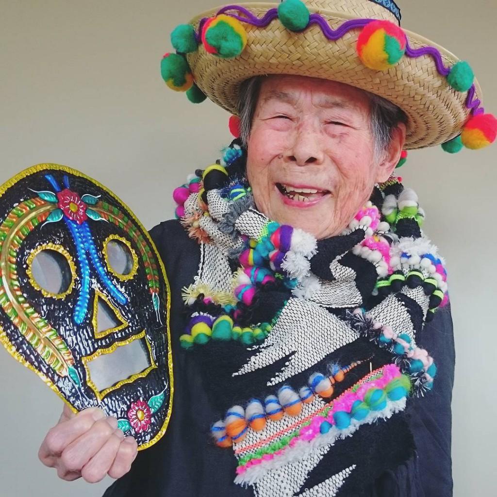 93-year-old-grandma-model-instagram-saori-1000weave-chin_010