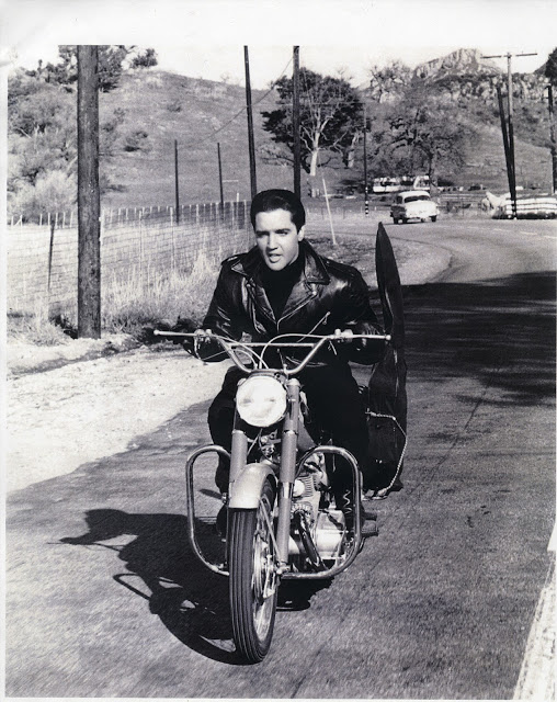 Elvis Presley with his Harley Davidson (2)