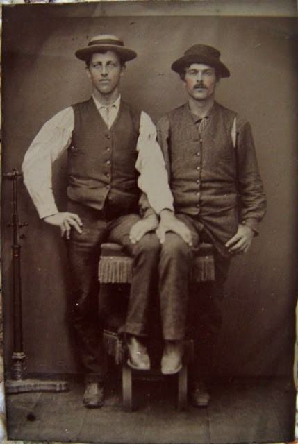 Gay Lovers in the Victorian Era (17)