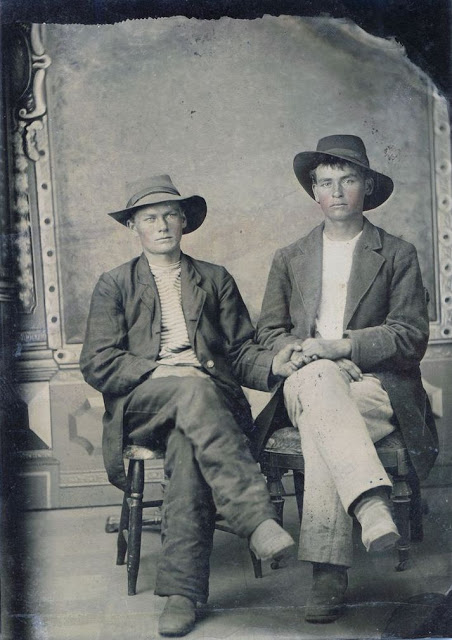 Gay Lovers in the Victorian Era (6)