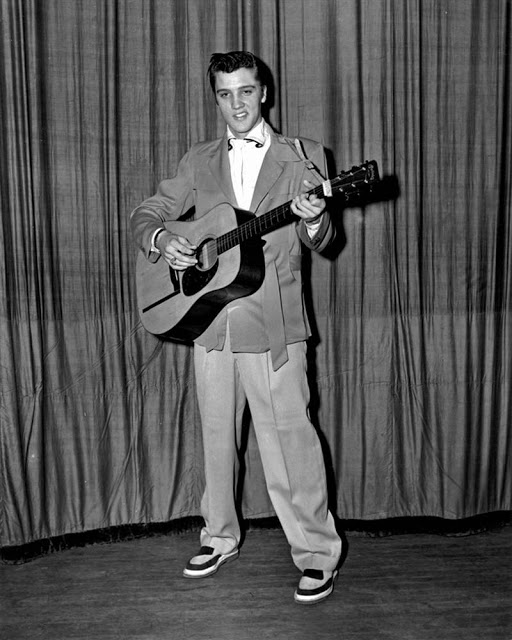 Rare Photographs of Elvis Presley (2)