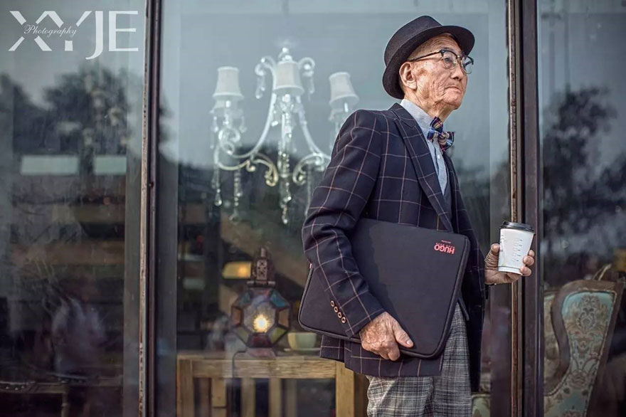grandson-transforms-grandfather-fashion-trip-xiaoyejiexi-photography-1