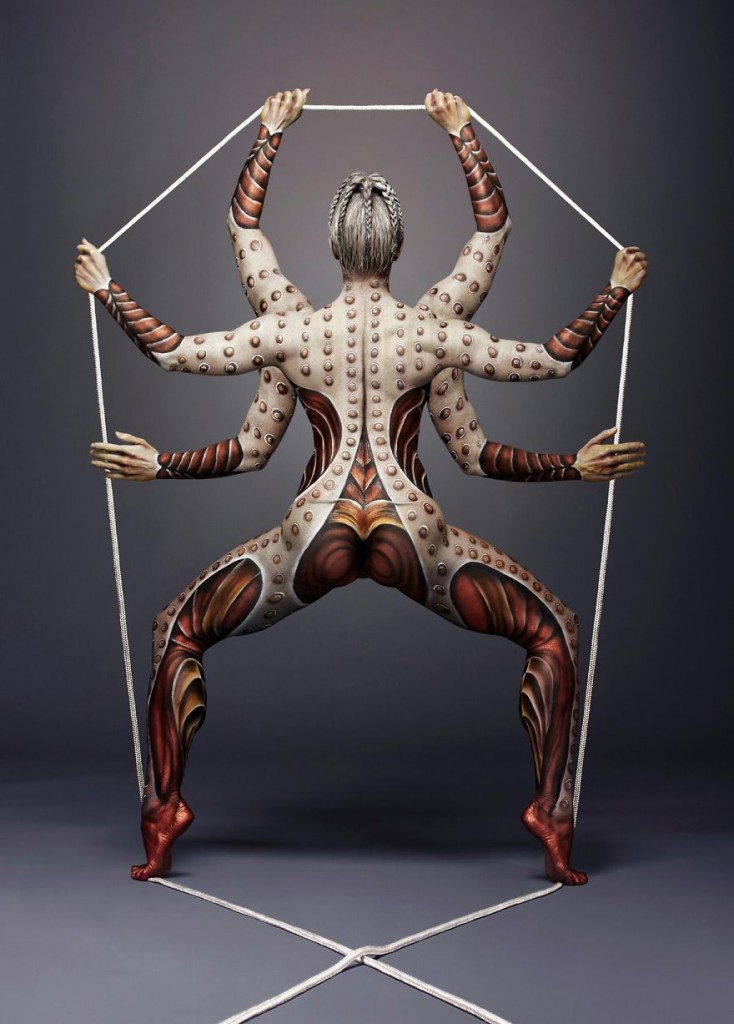 i-turn-human-bodies-into-art-pieces-8__880