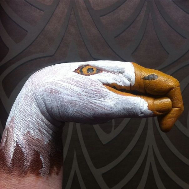 i-turn-my-hands-into-animals-with-body-paint-11__605