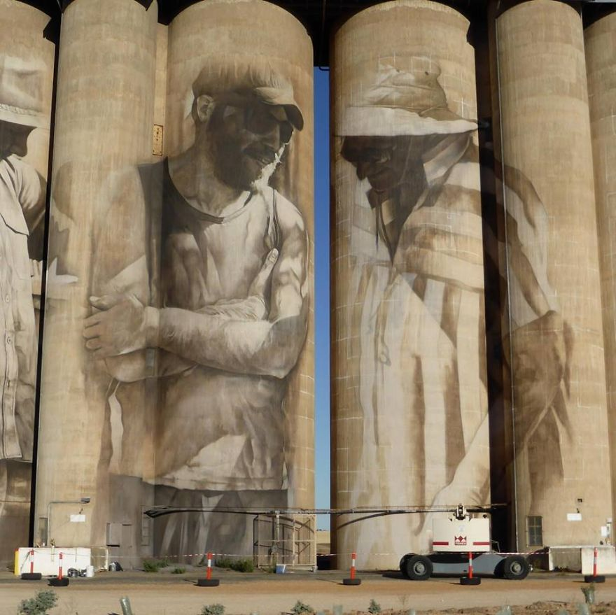 street-artist-paints-amazing-mural-on-old-30m-silos-6__880