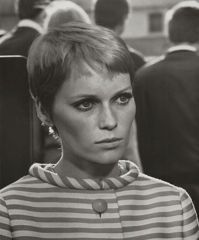 30 Beautiful Portraits of Mia Farrow in the 1960s - Art-Sheep | 640 x 771 jpeg 68kB