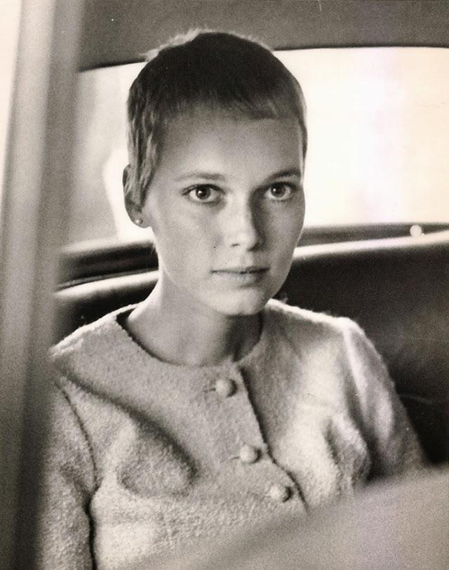 30 Beautiful Portraits of Mia Farrow in the 1960s - Art-Sheep | 640 x 812 jpeg 104kB
