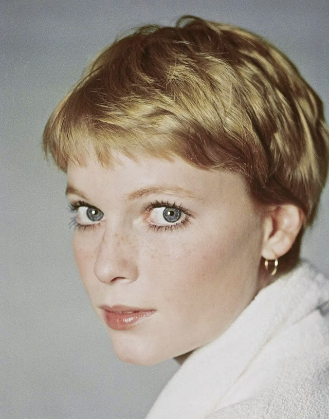 30 Beautiful Portraits of Mia Farrow in the 1960s - Art-Sheep | 640 x 815 jpeg 92kB