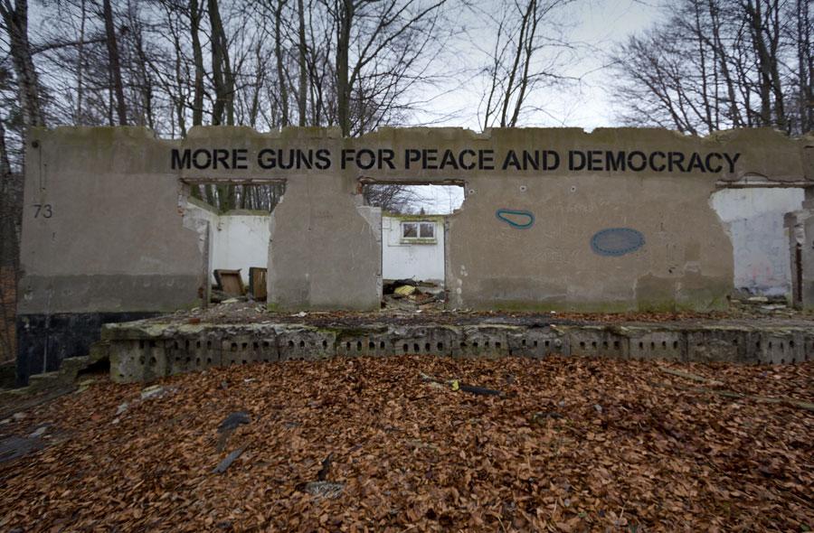fuss_guns_1