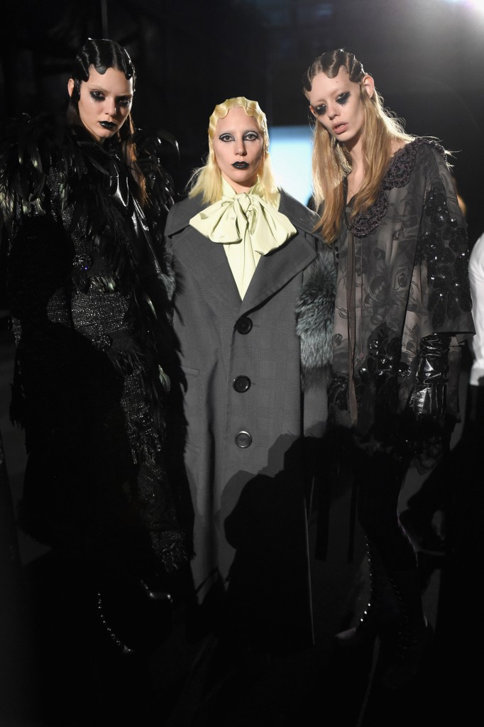 NEW YORK, NY - FEBRUARY 18: Singer-songwriter Lady Gaga (C) poses with models backstage at Marc Jacobs Fall 2016 fashion show during new York Fashion Week at Park Avenue Armory on February 18, 2016 in New York City. (Photo by Jamie McCarthy/Getty Images for Marc Jacobs)
