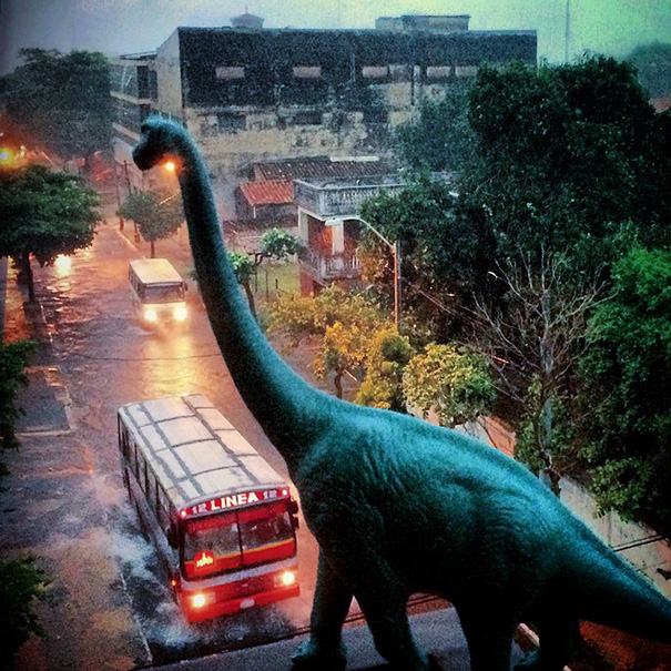 travel-photography-dinosaur-toys-dinodinaseries-jorge-saenz-1412